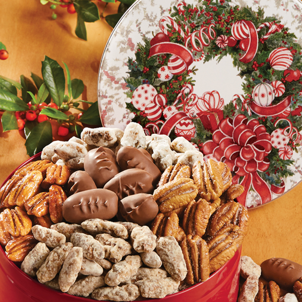 Holiday Wreath Pecan Assortment - Gift Tin