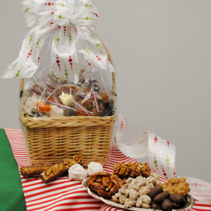 Pecan Treats Holiday Gift Basket
